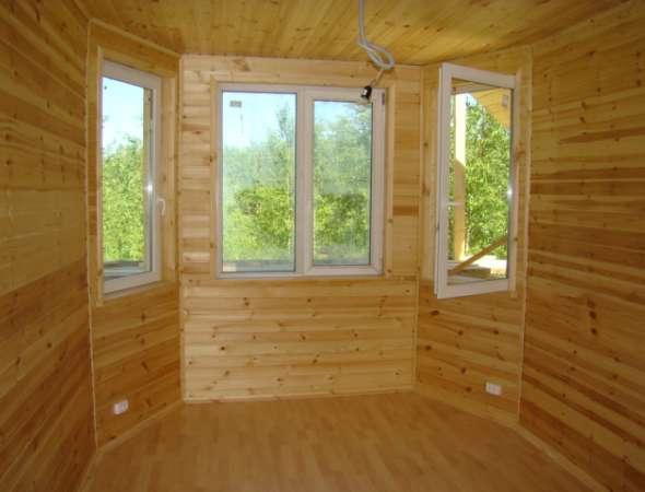 Каркасный дом под ключ построен с полной отделкой.
